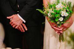 μπουκετο-νυφης-λουλουδια-αγρου