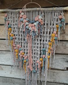 Macrame Art, Macrame Projects, Macrame Knots, Diy Home Crafts, Arts And Crafts, String Crafts, Craft Quotes, Dot Art Painting, Macrame Tutorial