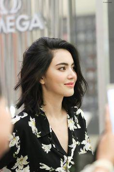 Hair Brunette Dark Faces 68 Ideas For 2019 Short Bob Hairstyles, Trendy Hairstyles, Medium Hair Styles, Short Hair Styles, Asian Short Hair, Brunette Hair, Girl Face, Beauty Women, Asian Beauty