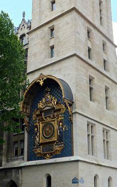 La Conciergerie, Paris, France by Grangeburn, via Flickr