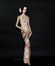 """JAVA Doll.Art on Instagram  """"Kebaya ready for sale 1set kebaya+batik  bawahan Muat dipake buat   barbie (muse   plylne ) FR2 ceb75becc1"""