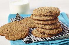 Le classique biscuit avoine, recette ultra simple qui donne 16 biscuits à l'avoine à 0,22$ par biscuit. Ils se congèlent et se préparent en 20 minutes. Oatmeal Cookie Recipes, Oatmeal Cookies, Cookies Et Biscuits, Original Recipe, Cooking Time, Food And Drink, Yummy Food, Baking, Eat