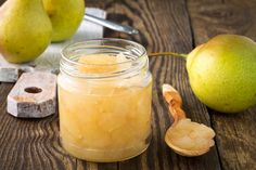Chef Athan shares a pear Jam Recipe that is sweet, tart, and easy to make. A decorated jar of homemade jam is a thoughtful way to show your appreciation this fall. Jam Recipes, Canning Recipes, Dessert Recipes, Pear Sauce, Pear Butter, Fermentation Recipes, Pyrus, Spiced Apples, Fermented Foods