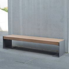 Contemporary style bench with FSC Iroko timber slats. Part of the NUSSER street furniture range. Outdoor Living Furniture, Urban Furniture, Street Furniture, Metal Furniture, Garden Furniture, Furniture Design, Bench Furniture, Metal Outdoor Bench, Outdoor Couch