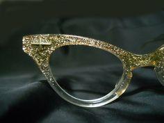 Vintage Fashion Clear Lens Glasses W/Rhinestones 8434 Tortoise Cute Glasses, Glasses Frames, 50s Glasses, Fashion Eye Glasses, Cat Eye Glasses, Albert Jacquard, Eyeglasses, Eyewear, Tartan