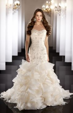 2013 Fall weddings - has bridesmaids gowns too .... looking for Annettes wedding (turquoise)