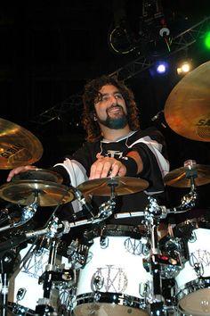 Drummerworld: Mike Portnoy ~ Music groups: Dream Theater, The Winery Dogs, Transatlantic, More