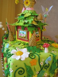 Tinkerbell cake- only if walmart made it like this i would have one
