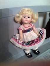 Strung Ginny, Orig. Dress, Center Snap Shoes; Lovely Coloring, Brows, Lashes