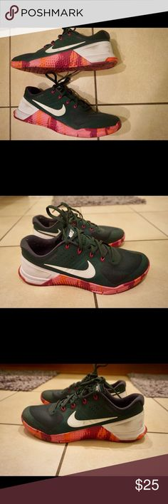 db40e0d78e2309 Shop Men s Nike Green size Athletic Shoes at a discounted price at  Poshmark. Description  Nike Metcon 2 limited Rory Mcllroy men s sz w OG Box  📦.