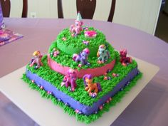 my little pony birthday cake | All BC Icing. Ponies are toys. EASY, EASY, EASY!!