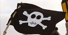 DIY-Drapeau-pirate-by-Les-BricoLises_250x130