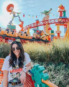 """✨ZOE DOKAS✨ on Instagram: """"toy story land did not disappoint 🎢🤠🦖✨🚀"""""""