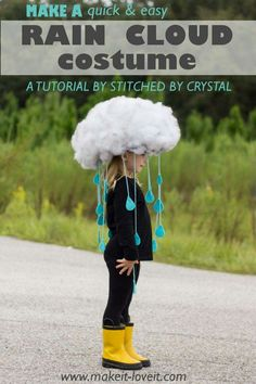 Rain cloud costume - exactly as I told V she could be!