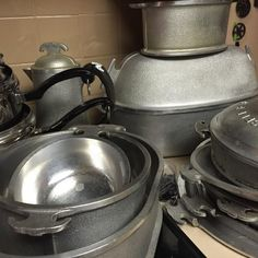 Found on EstateSales.NET: Vintage Guardian Service Aluminum Cookware