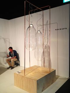 Alex de Witte - lamp BIg bubble -  Design District 2013
