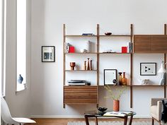 10 Easy Pieces: Wall-Mounted Shelving Systems | Remodelista | Bloglovin'