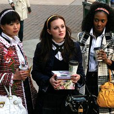 Gossip Girl Season One: Get the Look  Episode 1: Pilot  While on the steps to the Metropolitan Museum, Blair and her sidekicks Katy and Isabel welcome Serena home in a cold manner: by telling her she is not invited to the upcoming dance. Though they have a school uniform, each girl interprets her accoutrements in her own way.
