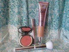 Whats Inside Your Beauty Bag?: It Cosmetics It's All About You Customer Favorites...