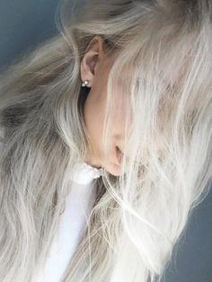 Styling by kibie showing Lush Blue Double Loop Ear Studs Gold #jewellery #Jewelry #bangles #amulet #dogtag #medallion #choker #charms #Pendant #Earring #EarringBackPeace #EarJacket #EarSticks #Necklace #Earcuff #Bracelet #Minimal #minimalistic #ContemporaryJewellery #zirkonia #Gemstone #JewelleryStone #JewelleryDesign #CreativeJewellery #OxidizedJewellery #gold #silver #rosegold #hoops #armcuff #jewls #jewelleryInspiration #JewelleryInspo #accesories #DanishDesign #JewelryStyling #Diamonds…