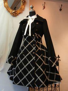 フードミニマント[2114] Estilo Lolita, Lolita Fashion, Gothic Fashion, Vintage Fashion, Gothic Mode, Gothic Lolita, Cute Fashion, Fashion Outfits, Vintage Outfits