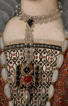 Anne of Denmark, ca 1600 Medieval Jewelry, Medieval Clothing, Renaissance Paintings, Renaissance Art, Anne Of Denmark, Woman In Gold, Medieval Costume, Classic Paintings, Classical Art