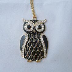 An adorable black enamel owl, with clear rhinestones. hummingbirdmges #htlmp #britcraft #hmuk #craftbuzz #gotshop #gotshophr #readytoship #handmade #jewellery #necklace #black #owl #rhinestones