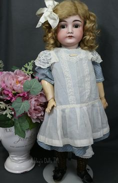 Kestner 146 Antique German Bisque Doll, 23 IN