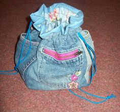 Sewing for Utange: Wash bags