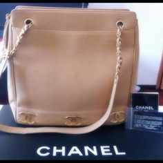 Authentic CHANEL handbag tote tan beige gold chain 2 0 6 2 2 6 4 9 3 6 for more pics CHANEL Bags Totes