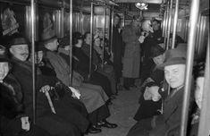 Berlin: Sylvester in der U-Bahn 1937