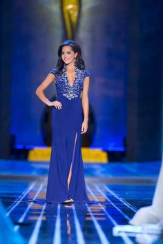 Miss Minnesota Rebecca Yeh looked fabulous in Mac Duggal Pageant during the evening gown preliminary at Miss America 2014.