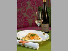 Wachauer Marillen-Palatschinke Mille Crepe, Crepes, Dutch, Pancakes, Kitchen, Baby, Apple, Cuisine, Dutch People