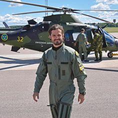 Prins Carl Philip besökte helikopterflottiljen och flygskolan i Linköping den 20 juni 2017
