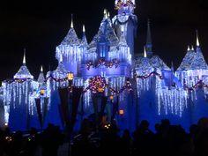 Frozen Castle, Disneyland, Cathedral, Building, Travel, Viajes, Buildings, Cathedrals, Destinations