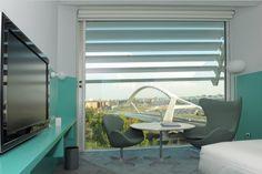 El Hotel Hiberus cuenta con un estilo nórdico y es un auténtico lujo para los sentidos. Muy cerca de la estación y del Palacio de Congresos de Zaragoza es un lugar ideal para disfrutar de Las Fiestas del Pilar. ¡Te esperamos! :)