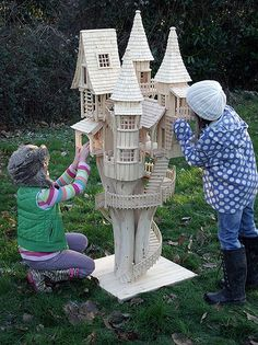 Cherry Tree Bough House - Rob Heard - Bough House Sculptures - Unique Wooden Art Sculptures hand-carved on Exmoor Popsicle Stick Crafts, Craft Stick Crafts, Wood Crafts, Craft Ideas, Woodworking Furniture, Woodworking Plans, Woodworking Projects, Youtube Woodworking, Popsicle House