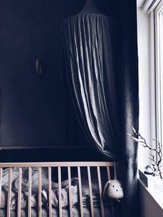 Påslakanset i linne, färg Light Grey, kollektion NG Baby Mood.   Källa: Ditte Svanfeldt