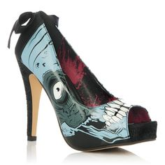 This is the best ever!  Zombie Shoe + Bow = Amazing!!!!