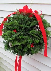 Shop Wreaths For Door classic selection of decorative door wreaths including quality silk wreaths, dried wreaths and coordinating home accessories Front Door Christmas Decorations, Christmas Tree Lots, Christmas Door Wreaths, Outdoor Christmas, All Things Christmas, Christmas Garlands, Craft Decorations, Christmas 2015, Christmas Ideas