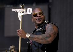 Flo Rida refused to pay but now Baby Mama sued and DNE proves he's the father . For 7-month now Florida has denied being a father to a baby boy in NYCRead More...