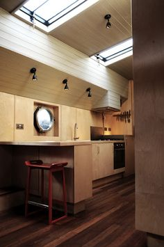 In my other life I'd quite like to live in a barge! http://shehadusathello.blogspot.com.au
