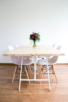 DIY tafel by Woonguide Ikea Table Legs, Diy Dining Room Table, Kitchen Dining, Diner Table, Modern Scandinavian Interior, Diy House Projects, Diy Interior, Rustic Table, Plywood Furniture