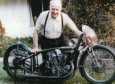 Burt Munroe (with his famous World's Fastest Indian). What an amazing guy Bert was..... and a brilliant motorcycle! #BurtMunroe  #FastestIndian