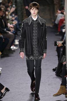 Valentino   Menswear - Autumn 2016   Look 19