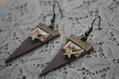 Find the perfect handmade gift, vintage & on-trend clothes, unique jewelry, and more… lots more. Diy Earrings, Leather Earrings, Leather Jewelry, Leather Craft, Diy Accessories, Nespresso, Jewelry Crafts, Jewlery, Jewelry Making