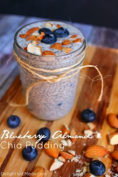 Need a quick, healthy breakfast loaded with protein to fuel your day? Look no further than this Blueberry Almond Chia Pudding! This simple make-ahead breakfast is great for when you want to eat healthy but don't want to sacrifice on flavor. Cream Cheese Breakfast, Oatmeal Breakfast Bars, Make Ahead Breakfast, Healthy Breakfast Recipes, Healthy Snacks, Eat Healthy, School Breakfast, Perfect Breakfast, Breakfast Ideas