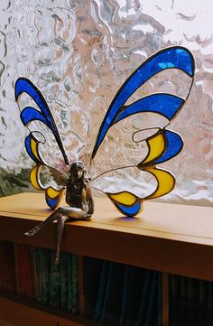 Fairy, Tiffany, angel figurine, Stained glass, fairies, Tiffany, statue, stained glass sculpture, fairy figurine, with tin figure A very nice figurine made with glass on wire. Height approx.15 cm In ordering, please select the primary color instead of the blue, and the secondary color instead of the yellow. Please let me know the secondary color in a note with your order, and select one from the colors listed in the primary color options.  For more wonderful stained glass figurines click…