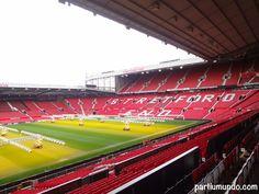 """Como torcedora do Manchester United, sempre sonhei em conhecer o Teatro dos Sonhos. Quando surgiu a oportunidade de ir para a Inglaterra, no começo deste ano, adivinhem qual foi a nossa primeira parada… Manchester, é claro! rs O Old Trafford Stadium tem capacidade de receber mais de 75 miltorcedores e a sensação de ver aquele...<br /><a class=""""more-link"""" href=""""https://viagem.catracalivre.com.br/brasil/viagem-acessivel/indicacao/um-tour-pelo-old-trafford-stadium-na-inglaterra/"""">Continue…"""