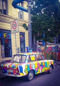 Thierry Noir Thierry Noir, Charity, Berlin, Monster Trucks, Sidewalk, Drawings, Artist, Inspiration, Kunst